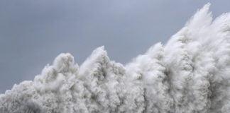 Tufaan - Typhoon
