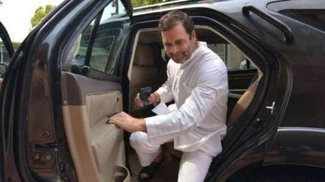 सभी मोदी चोर हैं कहने पर राहुल गांधी के खिलाफ समन जारी