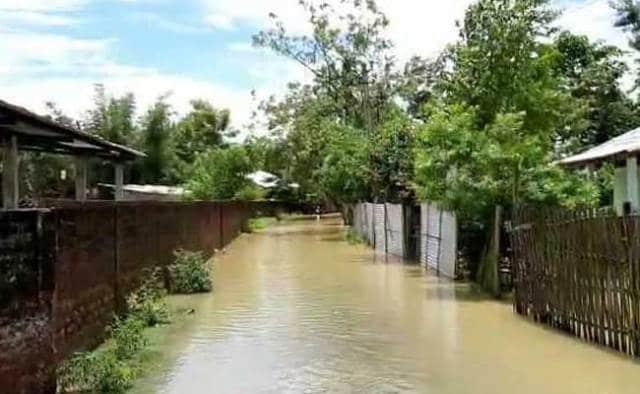 असम में बाढ़ का कहर, 145 गावों में घुसा पानी