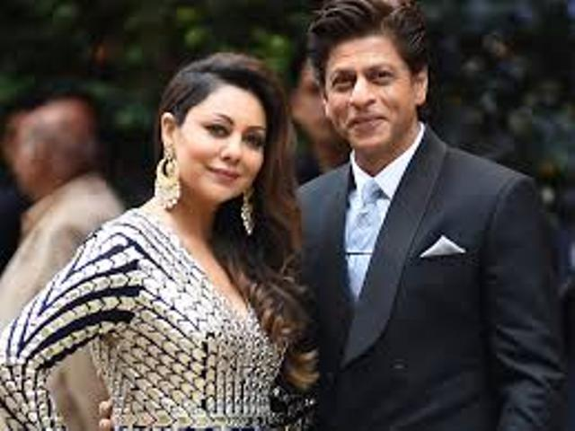 Shahrukh khan handed over his building to BMC for build a quarantine center