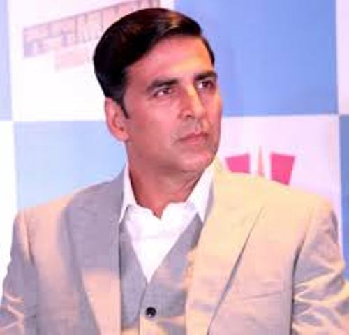 Akshay Kumar will charge a fee of 100 crores