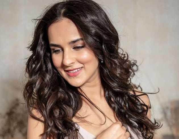 Angira has joined artists like Ajay Devgan